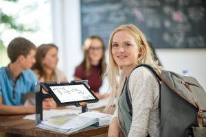 connect-12-elektronik-buyutec-okulda-kullanim-resmi